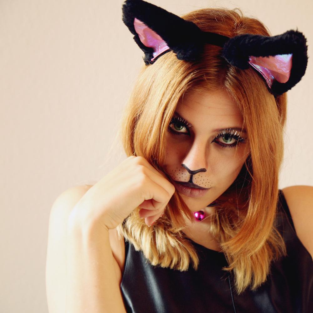 Halloween Cat Makeup tutorial (1/6)